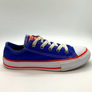 Kids Converse Chuck Taylor canvas low tops